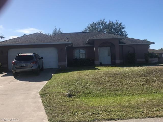 514 SE 2 St, Cape Coral, FL 33990 (MLS #218081396) :: RE/MAX Realty Group
