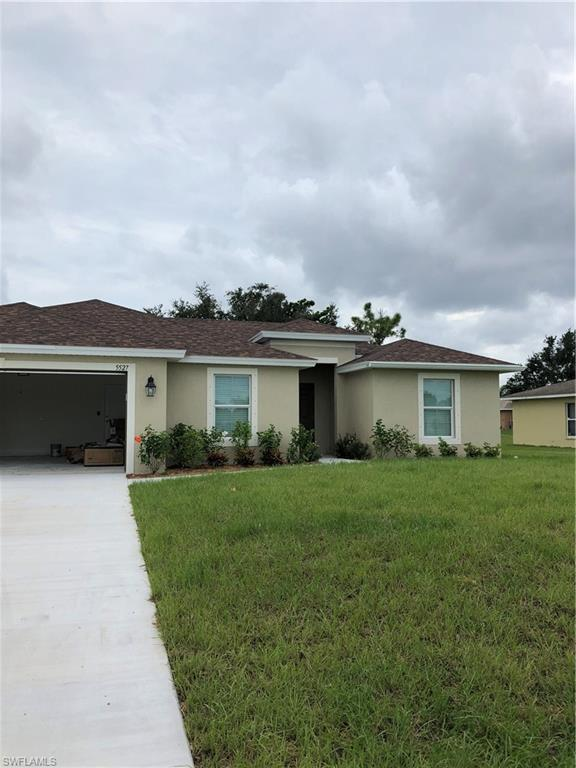 2630 NW 9th St, Cape Coral, FL 33993 (MLS #218081505) :: RE/MAX Realty Group