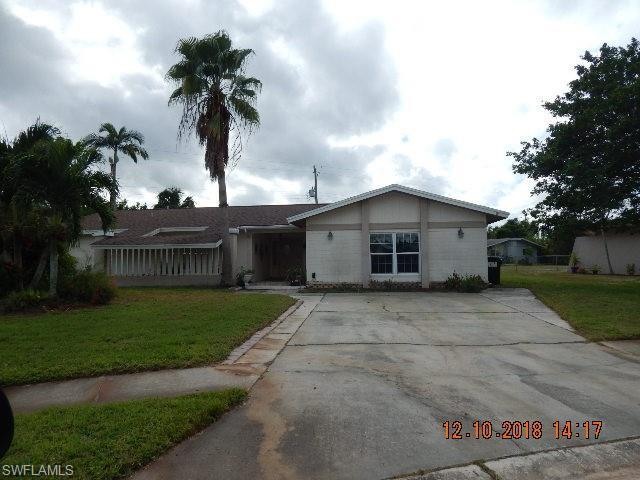 844 Xavier Ave S, Fort Myers, FL 33919 (MLS #219003014) :: RE/MAX Realty Group