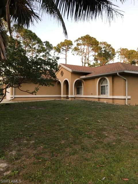 24033 Rodas Dr, Bonita Springs, FL 34135 (MLS #219005755) :: RE/MAX DREAM