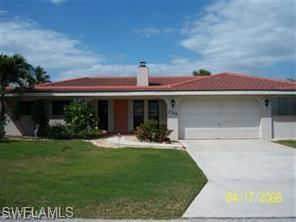 3744 Jade Ave, St. James City, FL 33956 (MLS #219005979) :: RE/MAX Realty Team