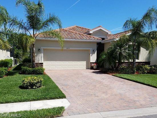 2473 Keystone Lake Dr, Cape Coral, FL 33909 (MLS #219010321) :: Clausen Properties, Inc.