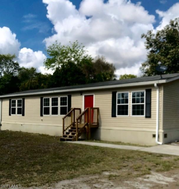 432 Monterey St, North Fort Myers, FL 33903 (MLS #219010529) :: RE/MAX Realty Group