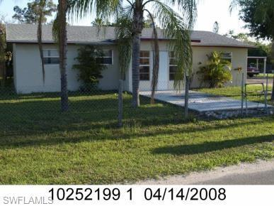 3249 Canal St, Fort Myers, FL 33916 (MLS #219010805) :: Sand Dollar Group