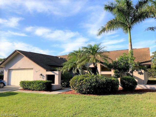 5724 Sandpiper Pl, Fort Myers, FL 33919 (MLS #219012567) :: RE/MAX DREAM