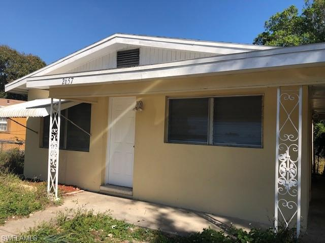 2657 Jackson St, Fort Myers, FL 33901 (MLS #219013472) :: RE/MAX DREAM