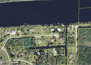8205 Caloosahatchee Dr, Moore Haven, FL 33471 (MLS #219015271) :: RE/MAX Realty Team