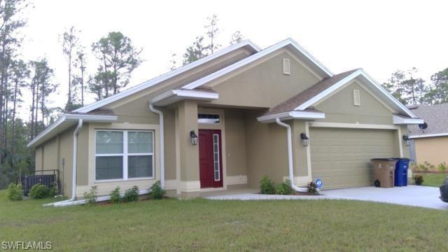 187 Townsend Ct, Lehigh Acres, FL 33972 (MLS #219016111) :: RE/MAX Realty Group