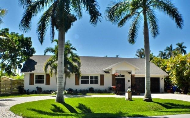 1248 Miracle Ln, Fort Myers, FL 33901 (MLS #219018048) :: #1 Real Estate Services