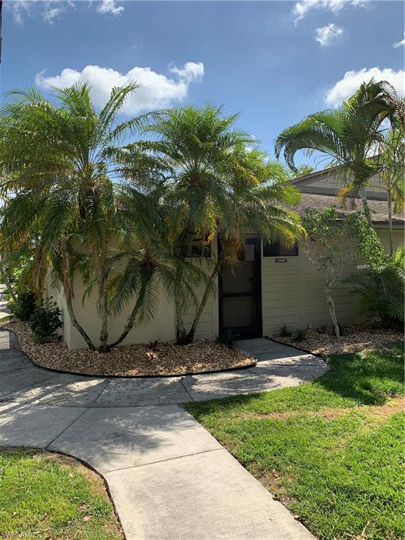 13367 Broadhurst Loop, Fort Myers, FL 33919 (MLS #219020929) :: The Naples Beach And Homes Team/MVP Realty