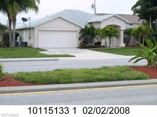 1212 Cape Coral Pky W, Cape Coral, FL 33914 (MLS #219023118) :: #1 Real Estate Services