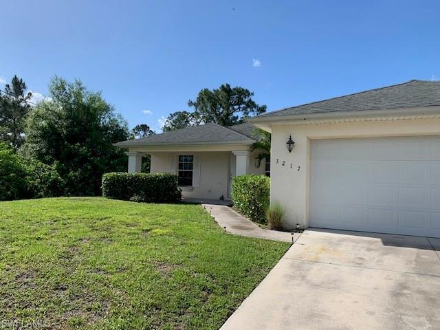 3217 39th St W, Lehigh Acres, FL 33971 (#219030442) :: Southwest Florida R.E. Group LLC