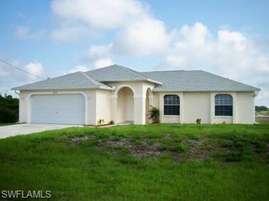 2816 24th St SW, Lehigh Acres, FL 33976 (MLS #219031082) :: Sand Dollar Group