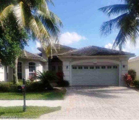 4919 Cerromar Dr, Naples, FL 34112 (MLS #219034771) :: The Naples Beach And Homes Team/MVP Realty