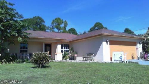 375 Pennfield St, Lehigh Acres, FL 33974 (MLS #219035776) :: RE/MAX Radiance