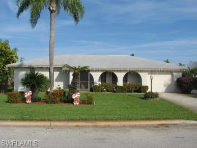 214 Ground Dove Cir, Lehigh Acres, FL 33936 (MLS #219036443) :: RE/MAX Realty Team