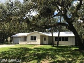 340 2nd Ave, Labelle, FL 33935 (MLS #219036572) :: RE/MAX Realty Team