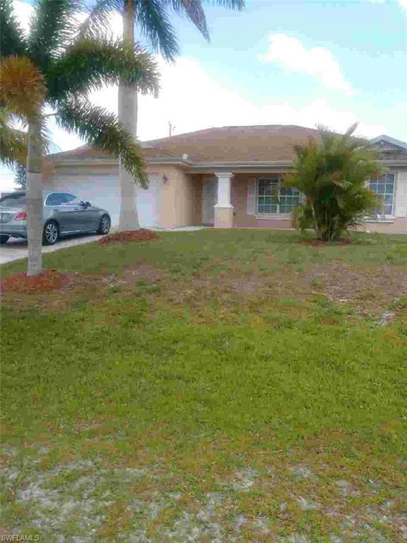 402 NW 13th Ter, Cape Coral, FL 33993 (MLS #219042519) :: Clausen Properties, Inc.