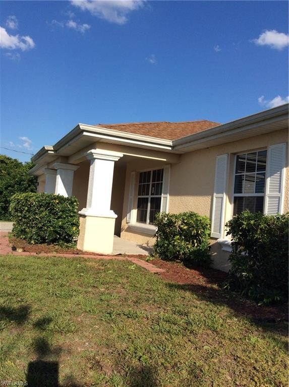 4211 16th St SW, Lehigh Acres, FL 33976 (MLS #219046511) :: The Naples Beach And Homes Team/MVP Realty