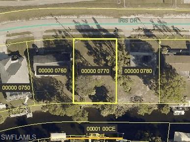 897 Iris Dr, North Fort Myers, FL 33903 (MLS #219047670) :: Sand Dollar Group