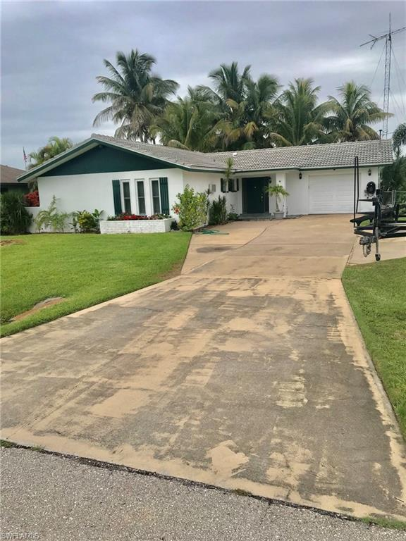 13519 Marquette Blvd, Fort Myers, FL 33905 (MLS #219047965) :: Sand Dollar Group