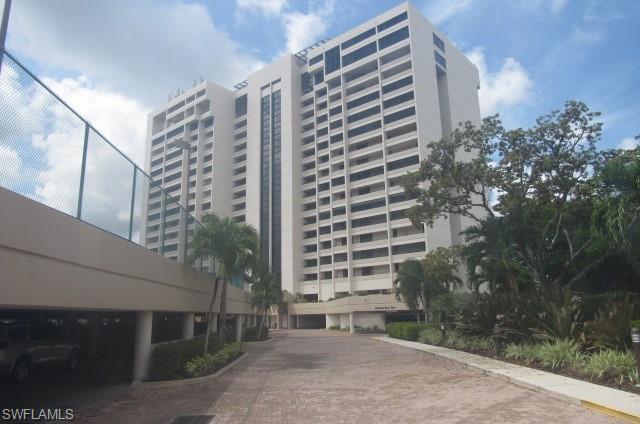 5260 S Landings Dr #404, Fort Myers, FL 33919 (MLS #219048511) :: RE/MAX Realty Team