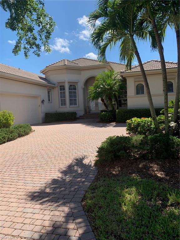 8814 New Castle Dr, Fort Myers, FL 33908 (MLS #219048734) :: Clausen Properties, Inc.