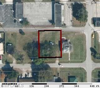 541 E Sagamore Ave, Clewiston, FL 33440 (MLS #219051190) :: Sand Dollar Group