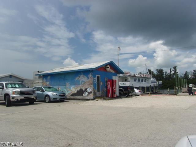 18450 San Carlos Blvd, Fort Myers Beach, FL 33931 (MLS #219052420) :: Kris Asquith's Diamond Coastal Group