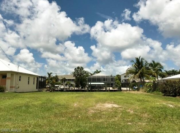 2419 Carambola Ln, St. James City, FL 33956 (MLS #219052528) :: RE/MAX Realty Team