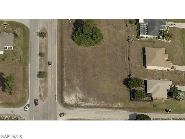 1407 Chiquita Blvd S, Cape Coral, FL 33991 (MLS #219052671) :: Royal Shell Real Estate