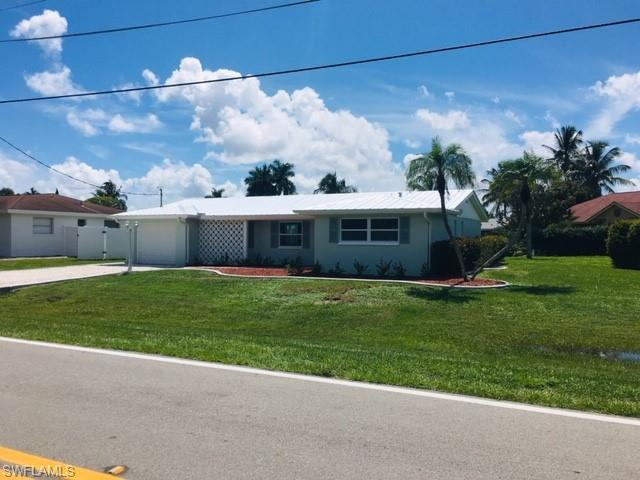 12826 Iona Rd, Fort Myers, FL 33908 (MLS #219052837) :: Sand Dollar Group