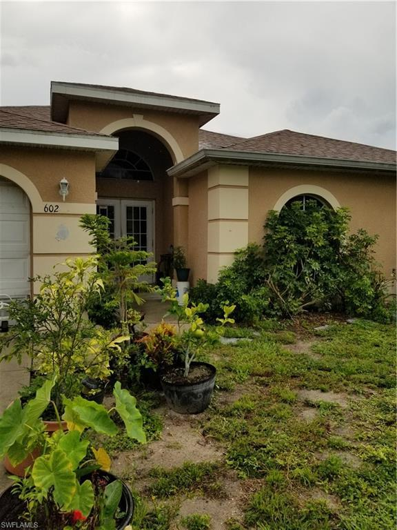 602 Pelee Ave, Lehigh Acres, FL 33974 (MLS #219053750) :: Sand Dollar Group