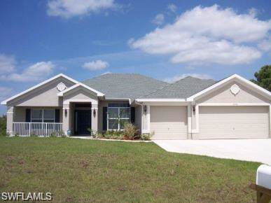 3006 19th St SW, Lehigh Acres, FL 33976 (MLS #219060718) :: RE/MAX Realty Group