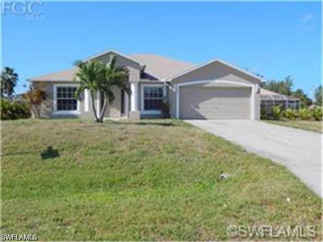 1306 SW 9th Ct, Cape Coral, FL 33991 (MLS #219061396) :: Clausen Properties, Inc.
