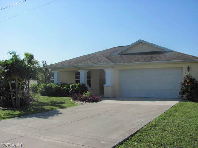 206 Mossrosse St, Fort Myers, FL 33913 (MLS #219061463) :: Clausen Properties, Inc.