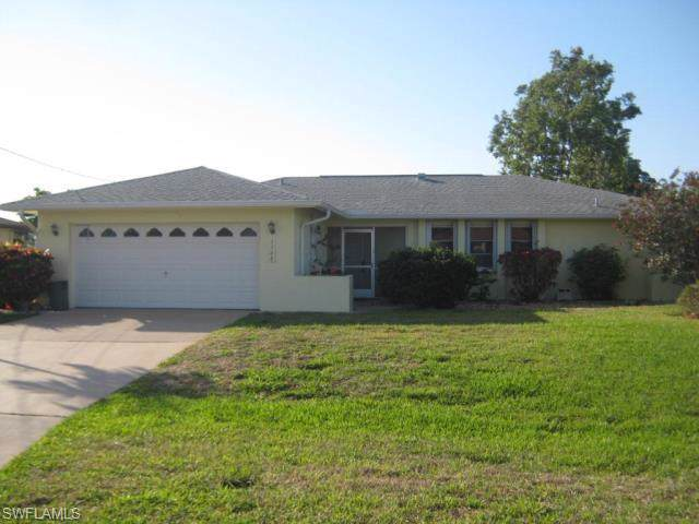 1100 SE 29th Ter, Cape Coral, FL 33904 (MLS #219061854) :: The Naples Beach And Homes Team/MVP Realty