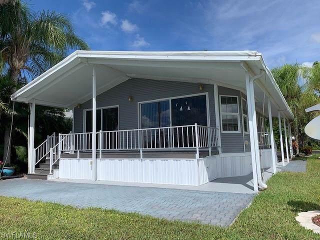 2086 Crystal Lake Dr, Naples, FL 34119 (MLS #219066118) :: Clausen Properties, Inc.