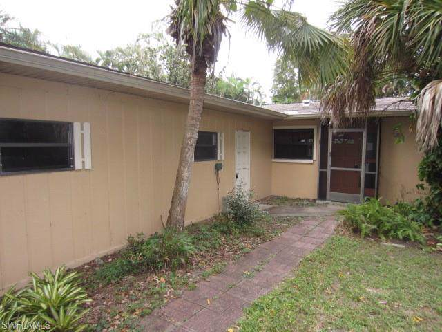 4106 SE 3rd Ave, Cape Coral, FL 33904 (MLS #219067800) :: #1 Real Estate Services