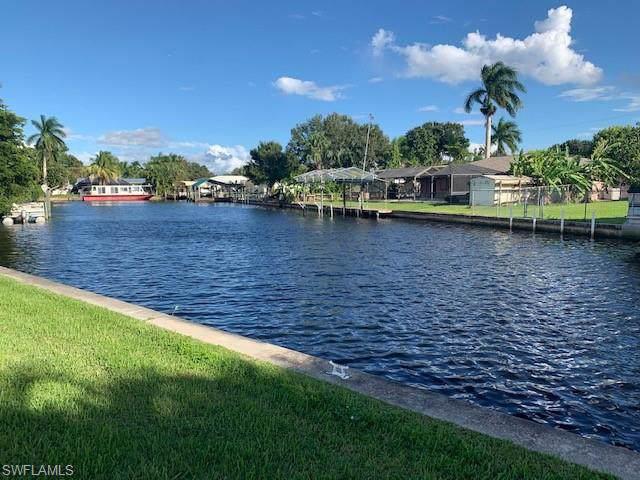 326 Shore Dr, Fort Myers, FL 33905 (MLS #219068131) :: Clausen Properties, Inc.
