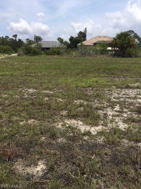1710 NE 33rd St, Cape Coral, FL 33909 (MLS #219068296) :: Kris Asquith's Diamond Coastal Group