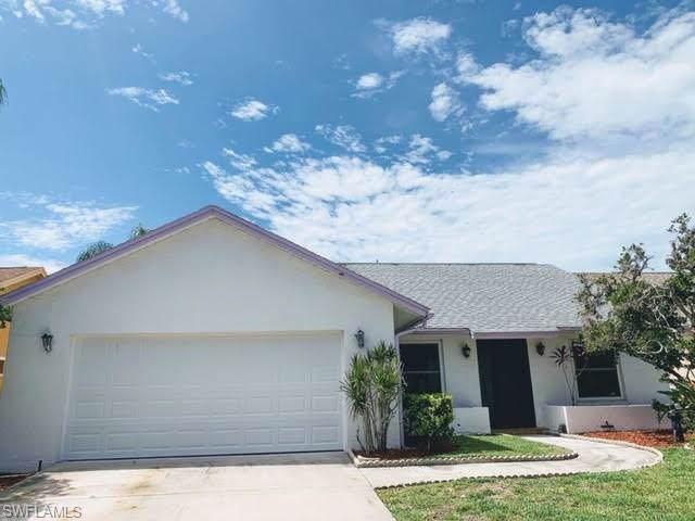 11515 Cinnamon Cove Blvd, Fort Myers, FL 33908 (#219068322) :: The Dellatorè Real Estate Group