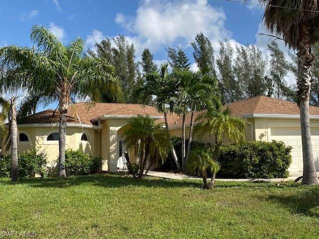 129 SE 23rd Ter, Cape Coral, FL 33990 (MLS #219069271) :: Clausen Properties, Inc.