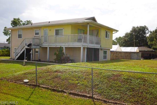 3201 46th St SW, Lehigh Acres, FL 33976 (MLS #219069573) :: RE/MAX Realty Group
