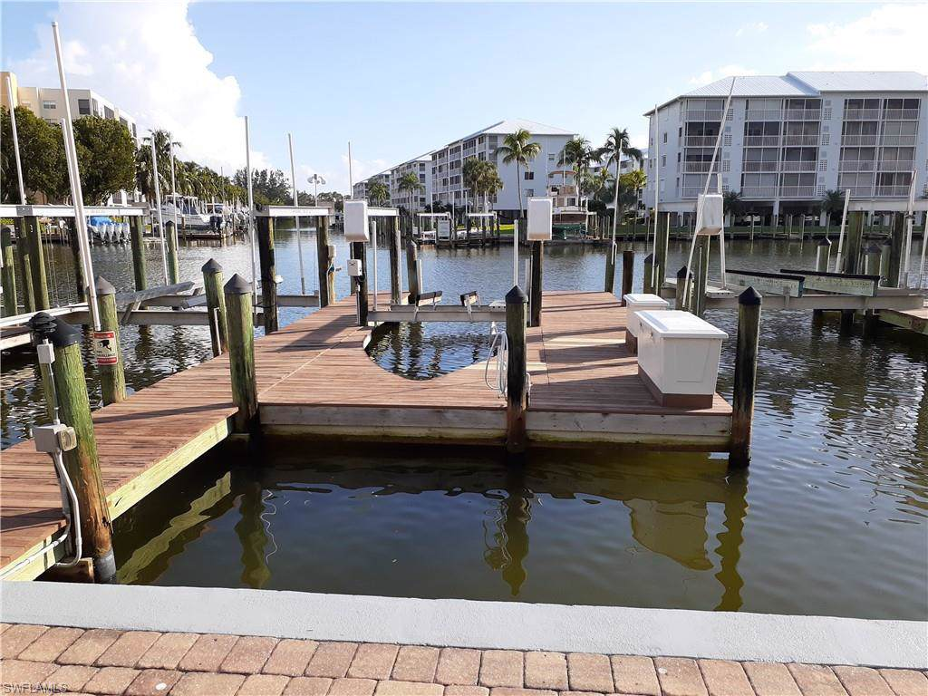 200 Lenell Rd Dock#34 - Photo 1