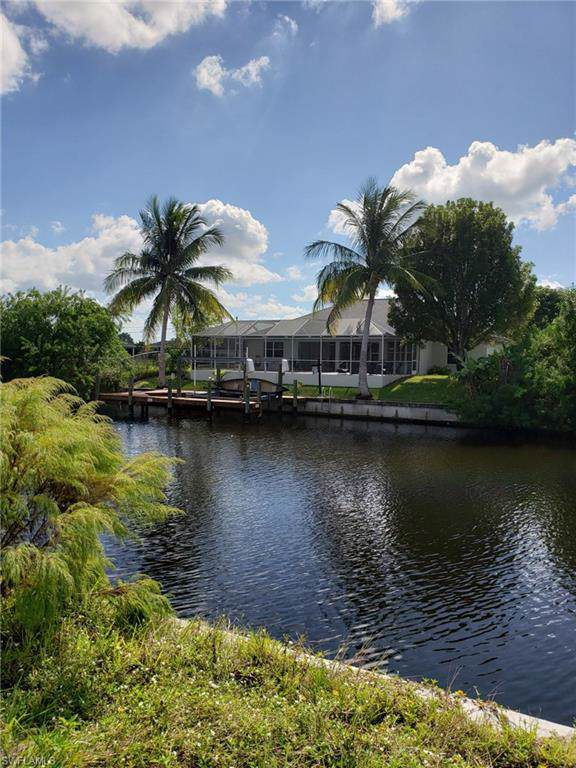 2232 SW 28th St, Cape Coral, FL 33914 (MLS #219074031) :: Clausen Properties, Inc.