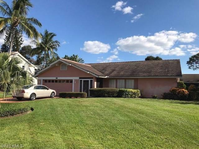 9910 El Greco Cir, Bonita Springs, FL 34135 (#219074100) :: The Dellatorè Real Estate Group