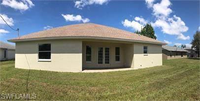2200 Logsdon St, North Port, FL 34287 (#219075150) :: The Dellatorè Real Estate Group