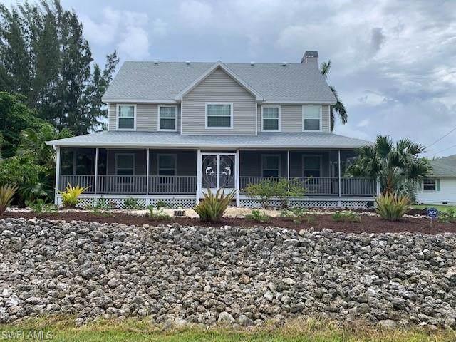 5489 Marina Dr, Bokeelia, FL 33922 (MLS #219075475) :: Clausen Properties, Inc.