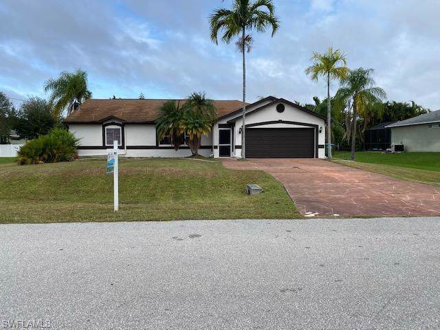 2655 SW 32nd St, Cape Coral, FL 33914 (MLS #219075858) :: RE/MAX Realty Team